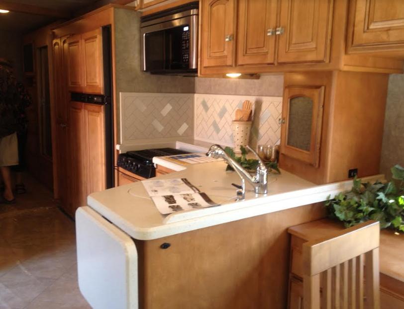 2013 Winnebago Adventurer 37 Ft. For Sale In Graford, TX 76449