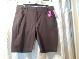 Lee New Classic Fit Chocolate Shorts Size 14 NWT Closet216 - $20.00