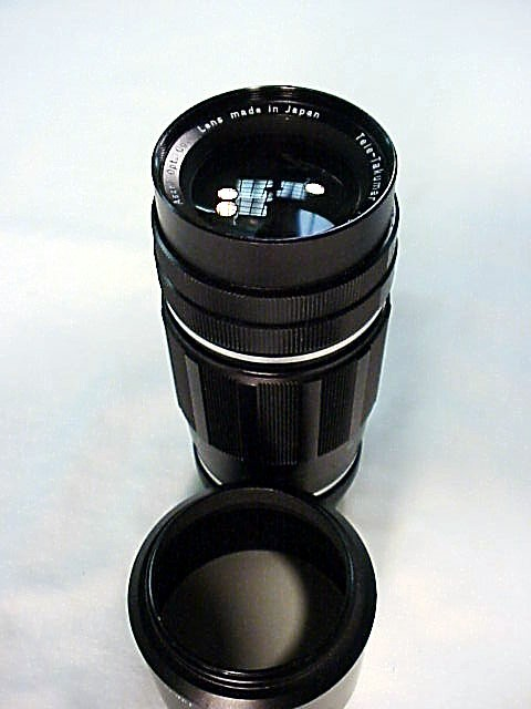 200mm f5.6 Pentax Screw Mount Tele-Takumar with Hood