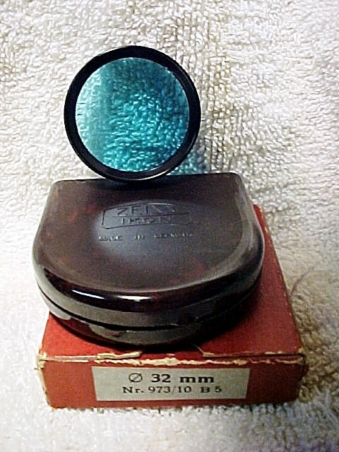 32mm Slip-on Blue 5 with case & box for Zeiss Super Ikonta