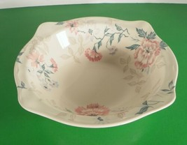"Johnson Brothers LYNTON 8"" Round Vegetable Bowl Made England Pink Blue Flowers - $27.00"
