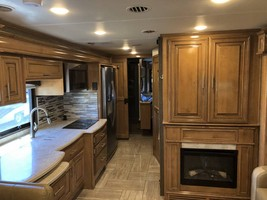 2019 THOR MOTOR COACH VENETIAN S40 FOR SALE IN Rapid City, SD 57701 image 13