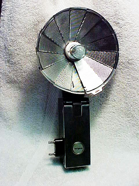 Argus Fan Flash for M base bulbs (no capacitor)  (No 47)