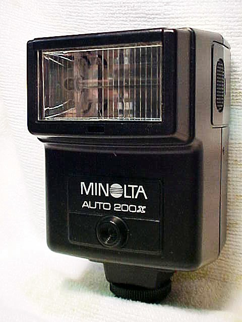 Auto 200X Flash for Minolta XG (will fit X Series) (No 12)