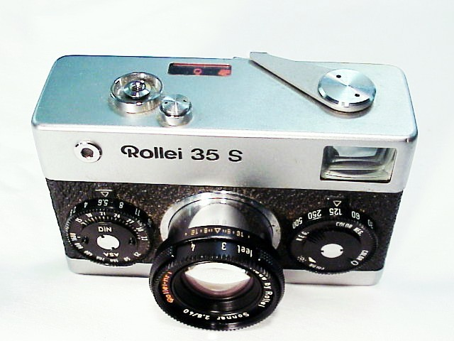 Rollei 35S with 40mm f2.8 Sonnar Lens (Overhauled)