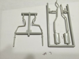 AMT 1966 Olds 442 Exhaust System From Kit #6268 New Model Car Part Scale... - $15.18