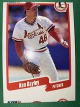 1990 Fleer St. Louis Cardinals Baseball Card #247 Ken Dayley MisCut Error - $2.38