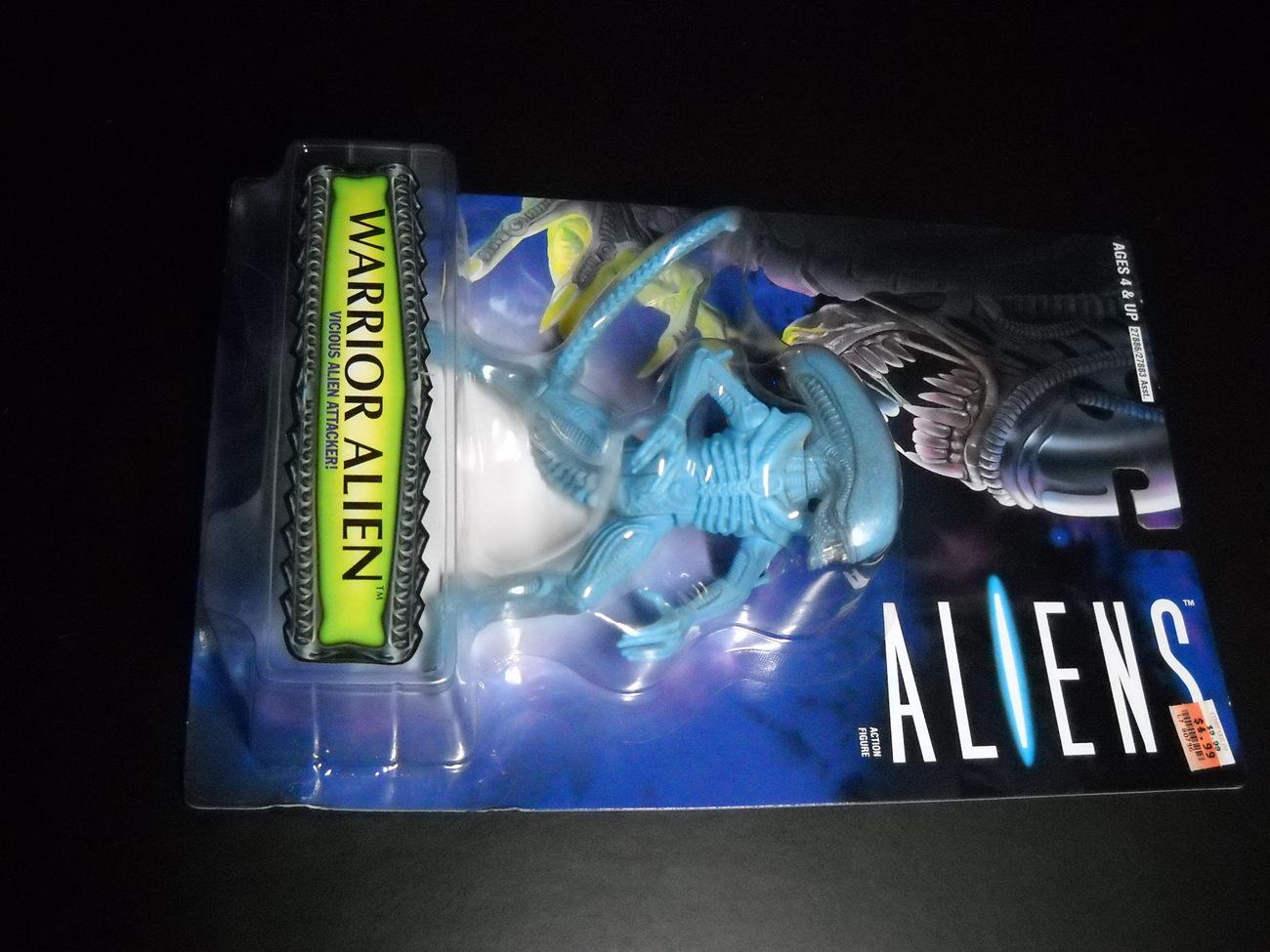 Toy aliens kenner hasbro 1996 warrior alien moc 02
