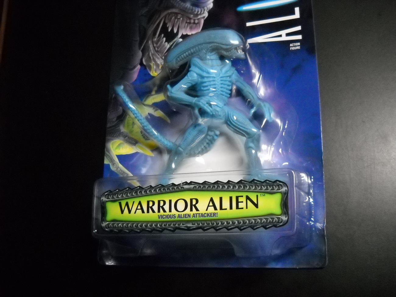 Kenner Hasbro Aliens 1996 Vicious Warrior Alien Factory Sealed Blister on Card
