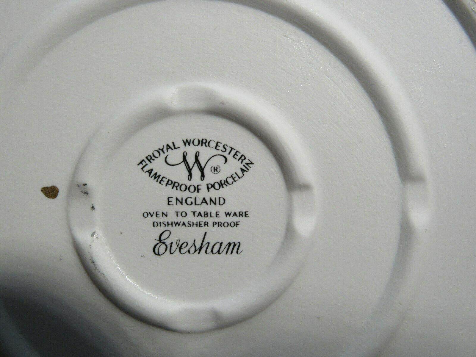 Royal Worcester Covered Baker Evesham Fruits Flame Proof Porcelain England