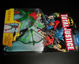 Toy justice league kenner hasbro 1997 total justice green arrow moc 02 thumb155 crop