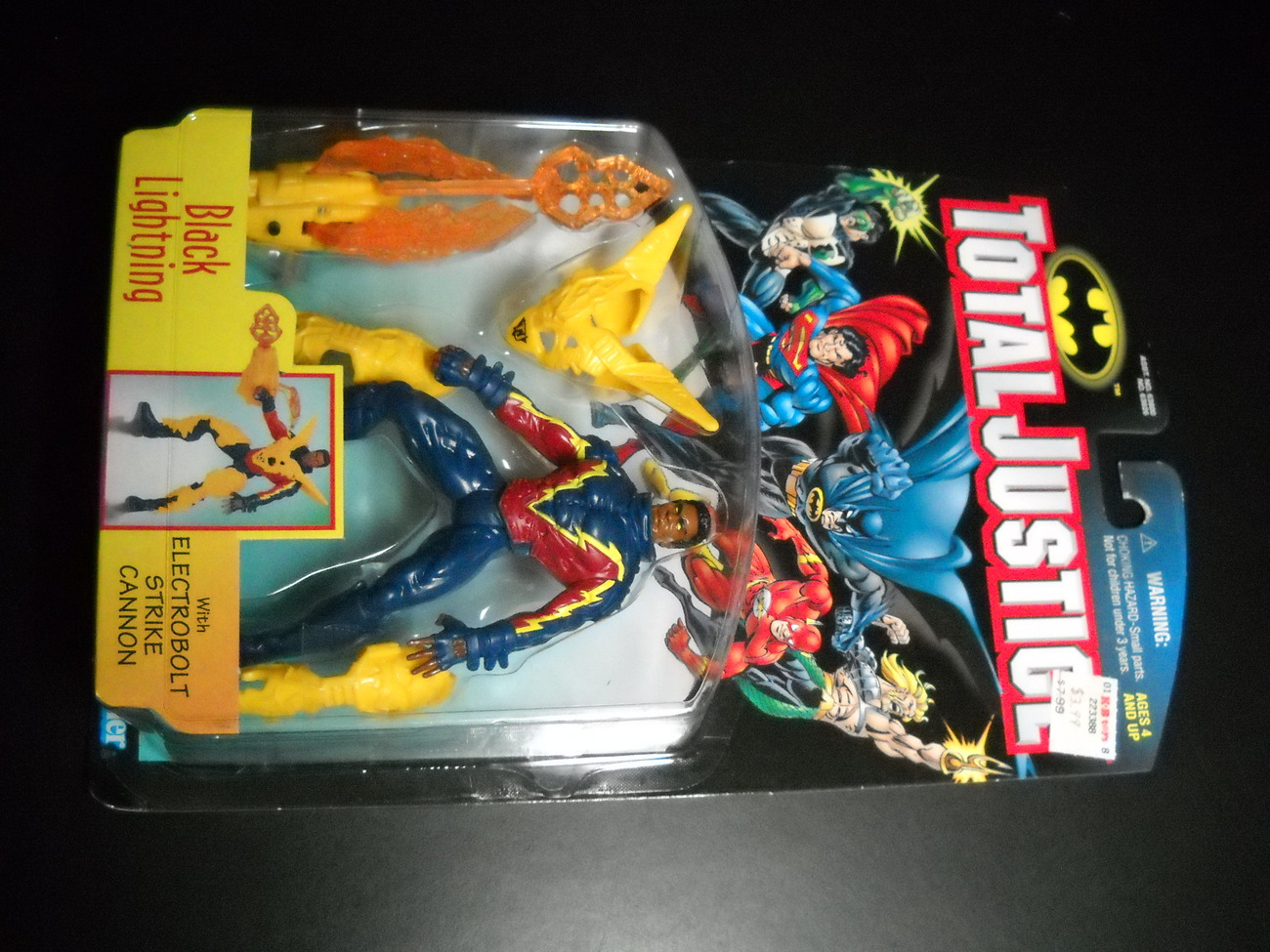 Toy justice league kenner hasbro 1997 total justice black lightning moc 02
