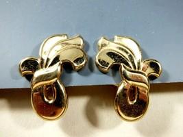 VTG MONET GOLD TONE METAL RIBBON CLIP  EARRINGS - $23.76