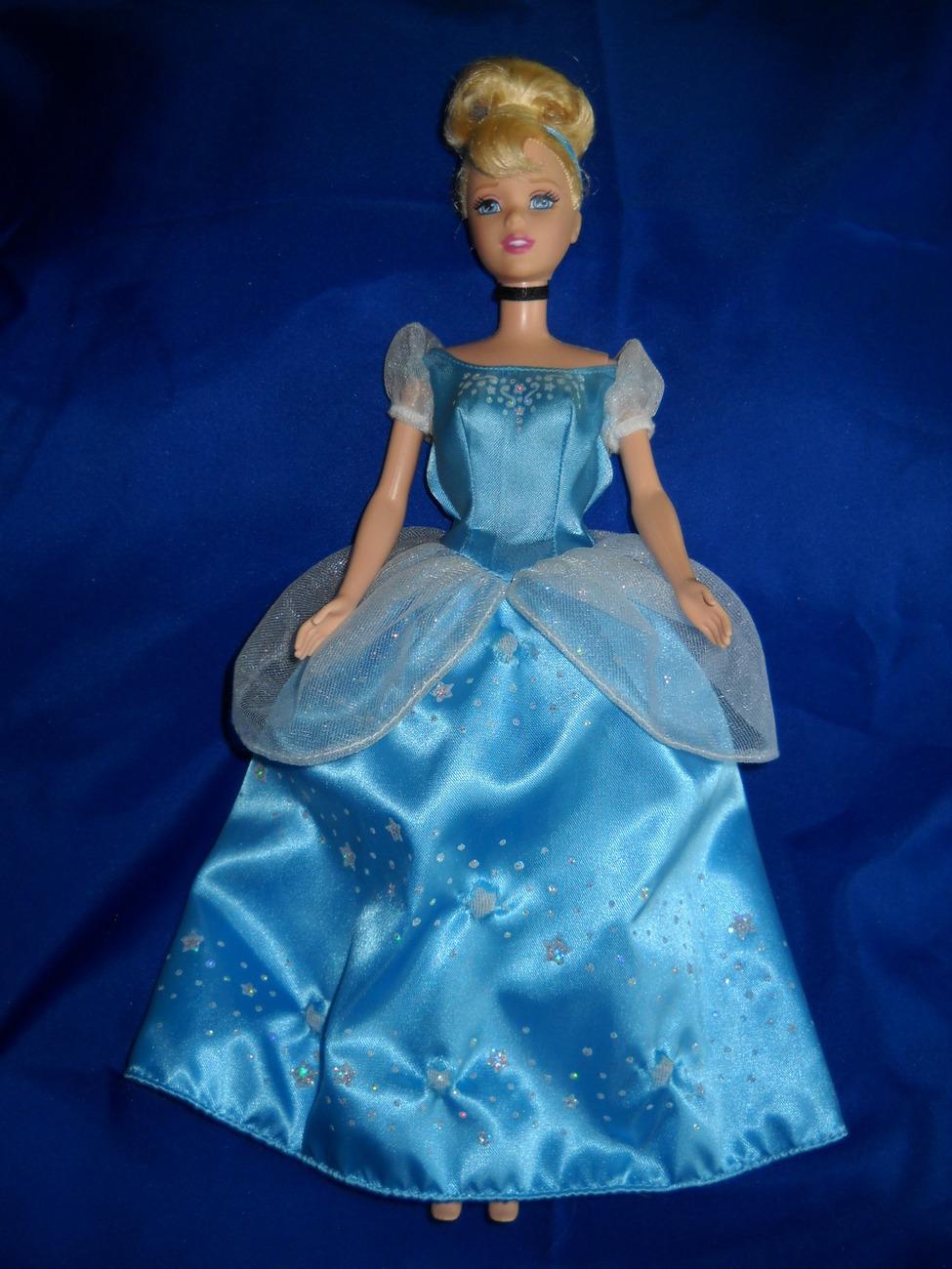 LIGHT UP CINDERELLA Disney barbie TWINKLE LIGHTS