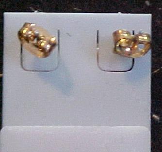 Pearl Earring Pierced Ears