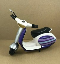 "Spin MasterDoll Scooter 2010 For 12"" Dolls scooter Only - $8.76"