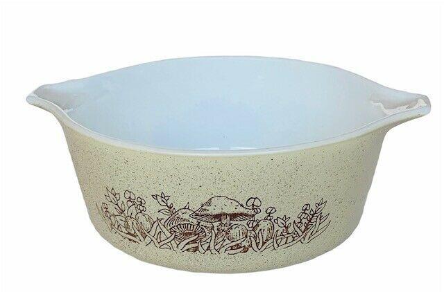 Pyrex Nesting Bowl Forest Fancies Mushroom 472-B vtg 750 ml beige casserole dish - $39.55