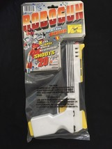 Robogun Water Blaster Lanard 1997 - $17.46