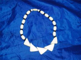 Vintage Faux Ivory & Onyx Ebony Choker Necklace Cream Black Beaded Bead 20225 - $32.44
