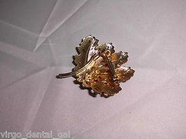 VTG Gold Tone Textured Leaf Leaves Brooch Pin  image 3