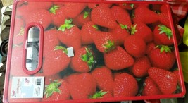 """Plastic Cutting Board, RECTANGLE (app. 14.5""""x9"""") STRAWBERRIES, red, Qual... - $11.50 CAD"""