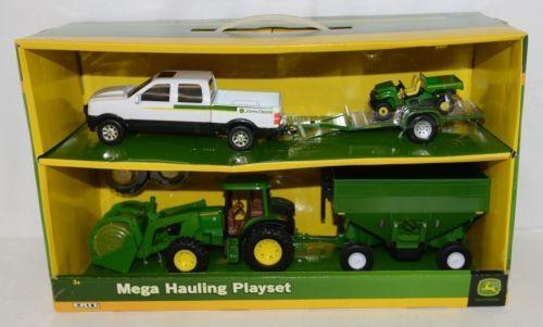 John Deere TBE45363 Mega Hauling Playset Pickup Trailer Gator Tractor Wagon Bale