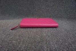100% AUTH CHANEL Chevron Fuchsia Pink Lambskin Zip Around Wallet Clutch Bag image 5