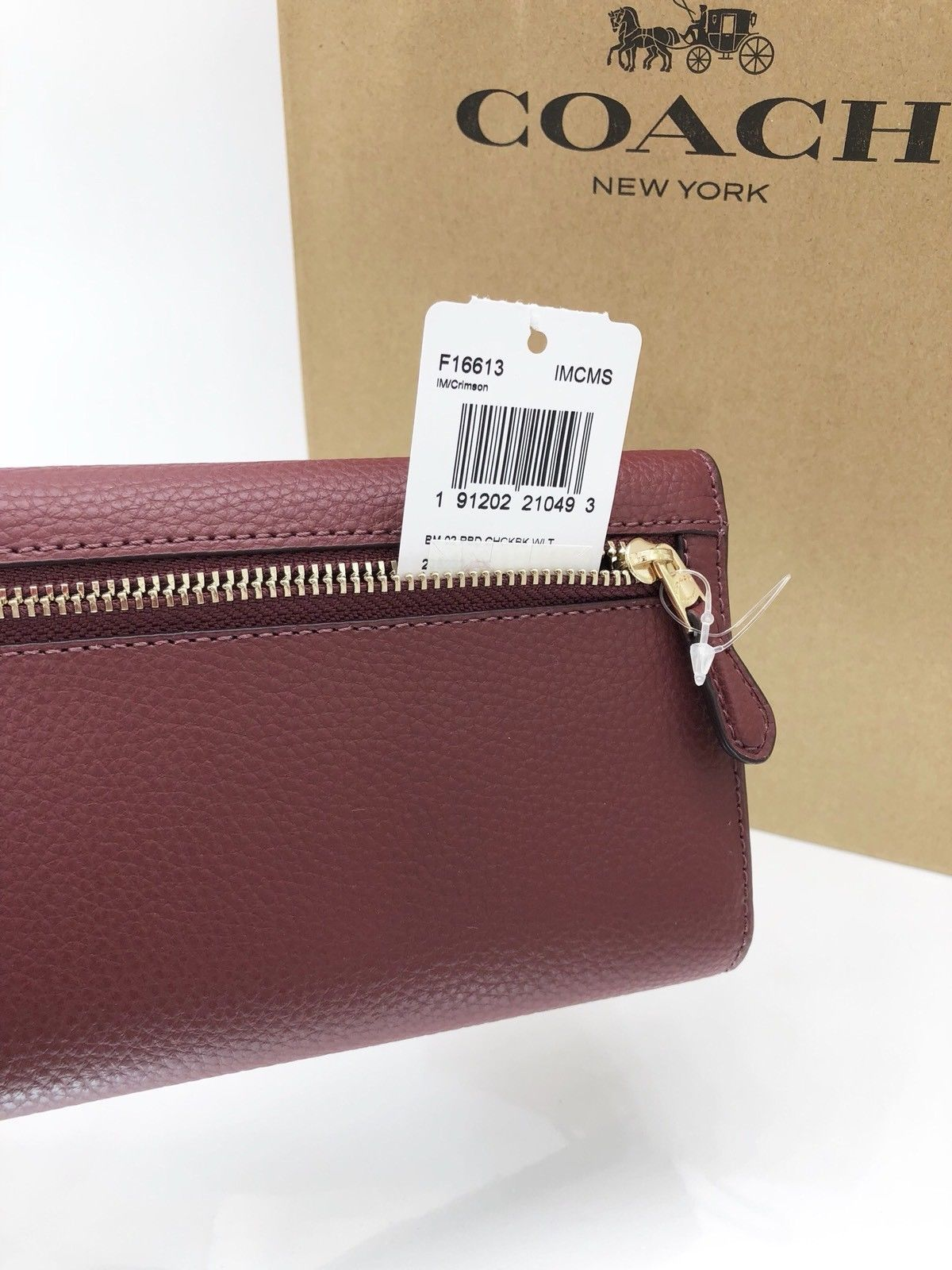 2af68e58e3a7 ... NWT Coach F16613 Pebble Leather Checkbook Wallet Tri-Fold Crimson Dark  Red  250
