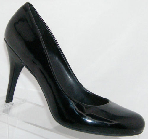 Primary image for Jessica Simpson Orion black man made round toe slip on pump heels 9B 5804