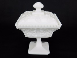 "Westmoreland Paneled Grape Beaded Covered Dish Milk Glass Pedestal 6"" x 5"" - $19.55"