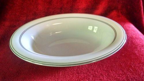 Wedgwood Vera Wang radiante oval serving bowl