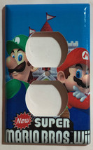 Super Mario Bros Luigi Castle Wii Light Outlet wall Cover Plate Home Decor image 2