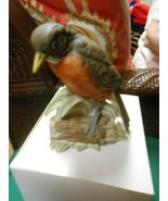 "Great  RUBEL Porcelain ""Robin"" Bird figurine......... - $17.41"