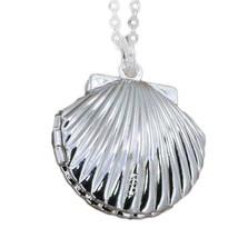 USA Silver Plated Picture Locket Hollow Sea Shell Photo Pendant Chain Ne... - $9.89