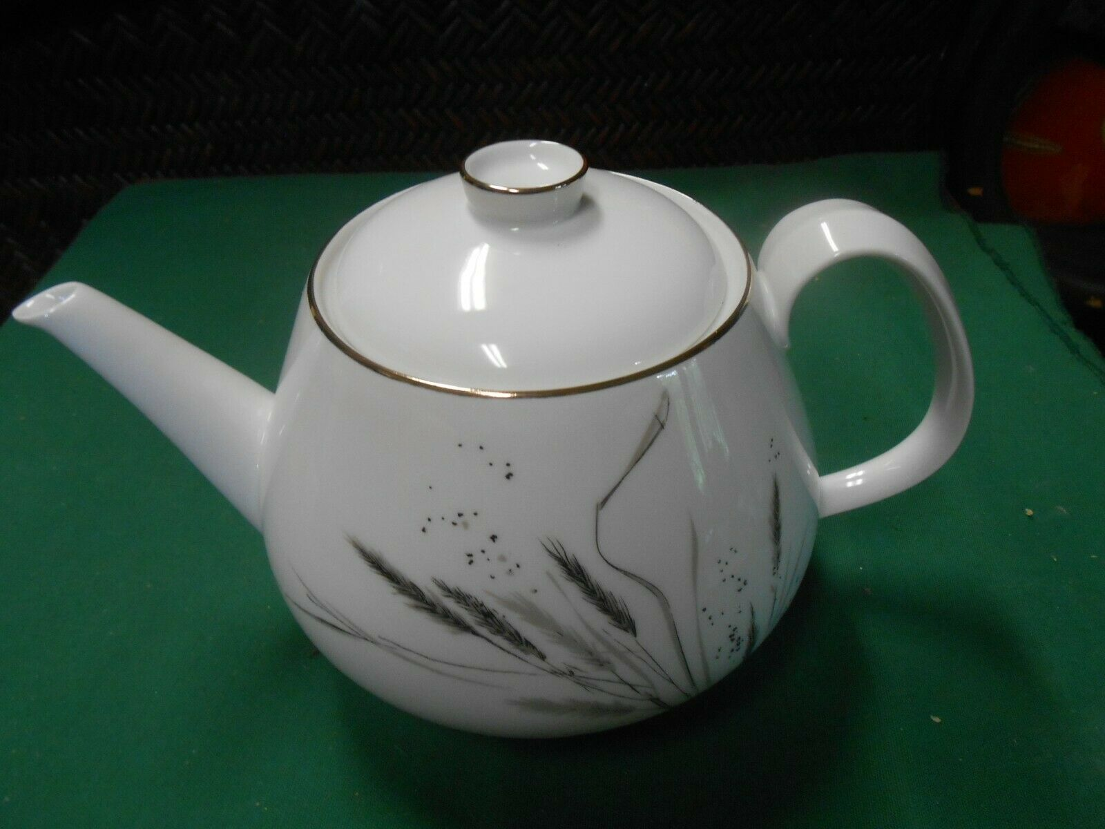 "Primary image for Magnificent ROSENTHAL Selb-Plossberg Bavaria Germany Ceres ""Wheat"" .TEA POT 6"""