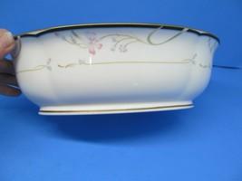 Lenox Debut Collection Constance Oval Vegetable Bowl Gold Trim EUC - $57.82