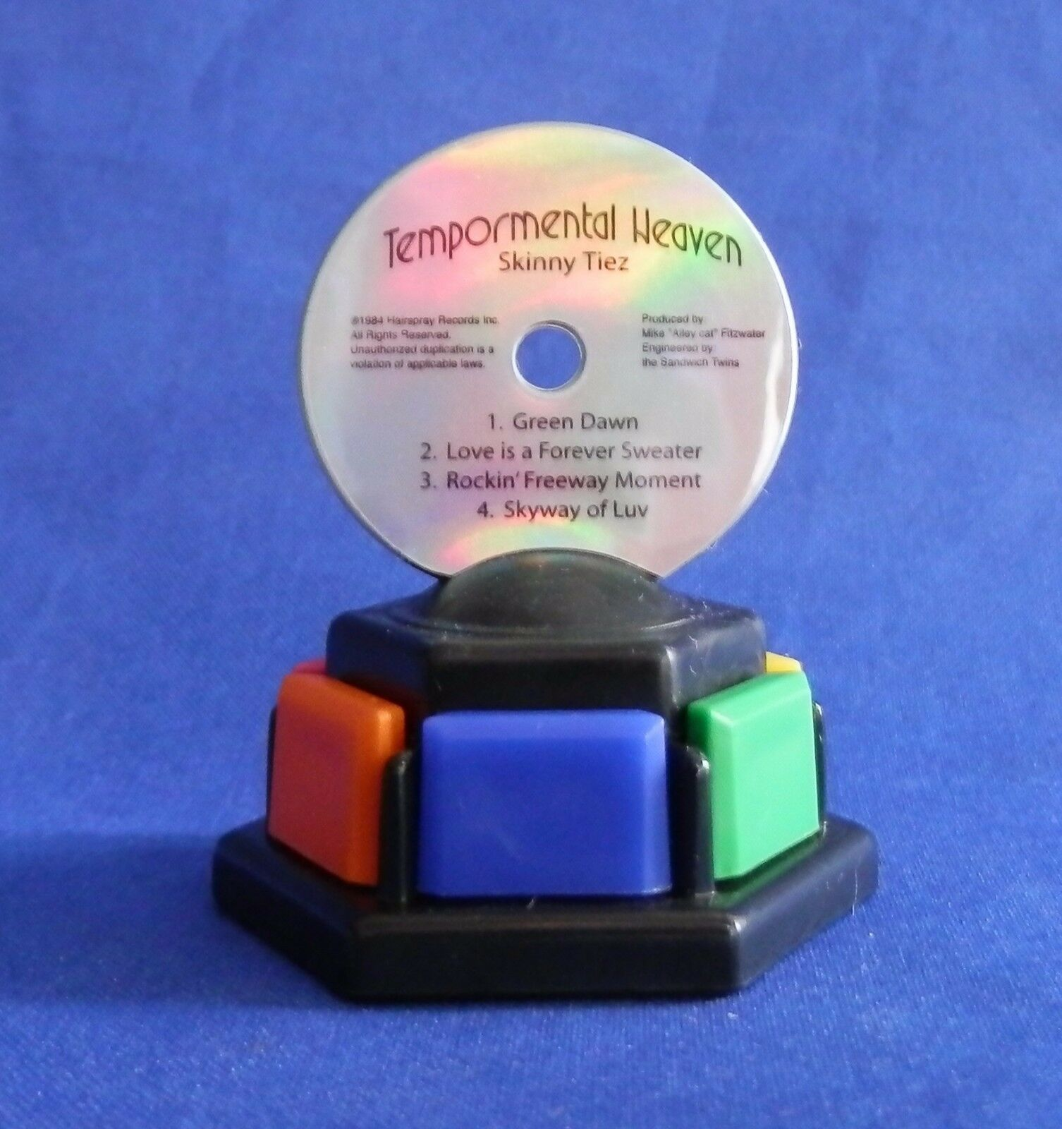 Trivial Pursuit Totally 80's Tempormental Heaven CD Replacement Game Token Pawn - $5.99