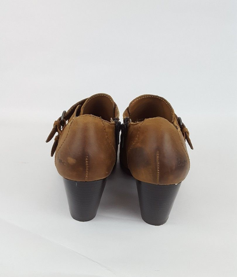 Born Boc 10 Brown Leather Suede Sneaker Lace Up Shoes $150 Men's Clothing