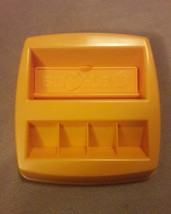 BOGGLE JR replacement pieces parts yellow GAME TRAY 2005 - $7.69