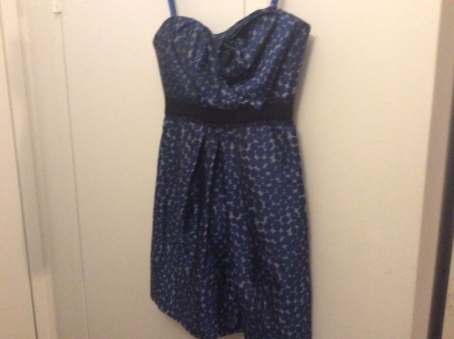 Beautiful BCBG Women Cocktail Party Prom Elengant Blue Polkadot Dress Sz 8