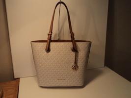 Michael Kors Jet Set Travel Medium Tote Logo Leather Vanilla NWT Gift Re... - $163.34