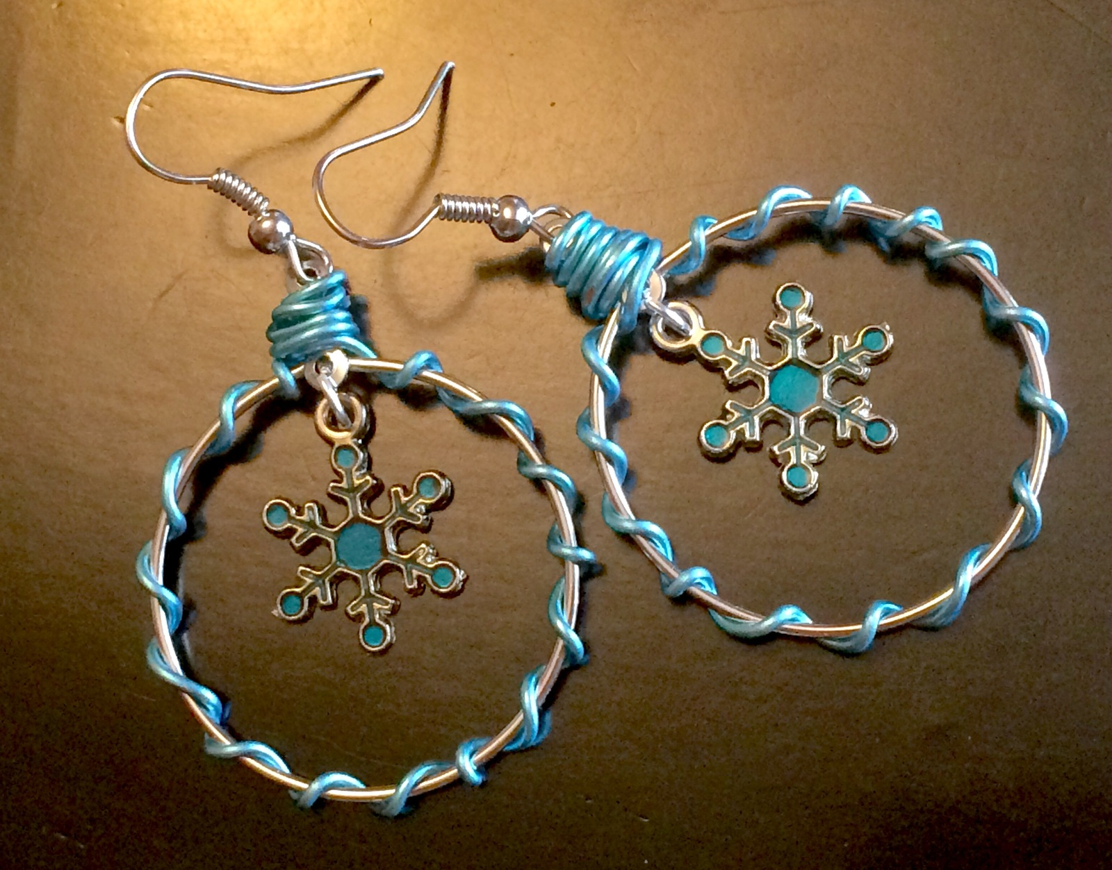 "Christmas Blue Enamel Snowflake Wire Wrapped Silver Tone Hoop Earrings 1.25"" Wid"