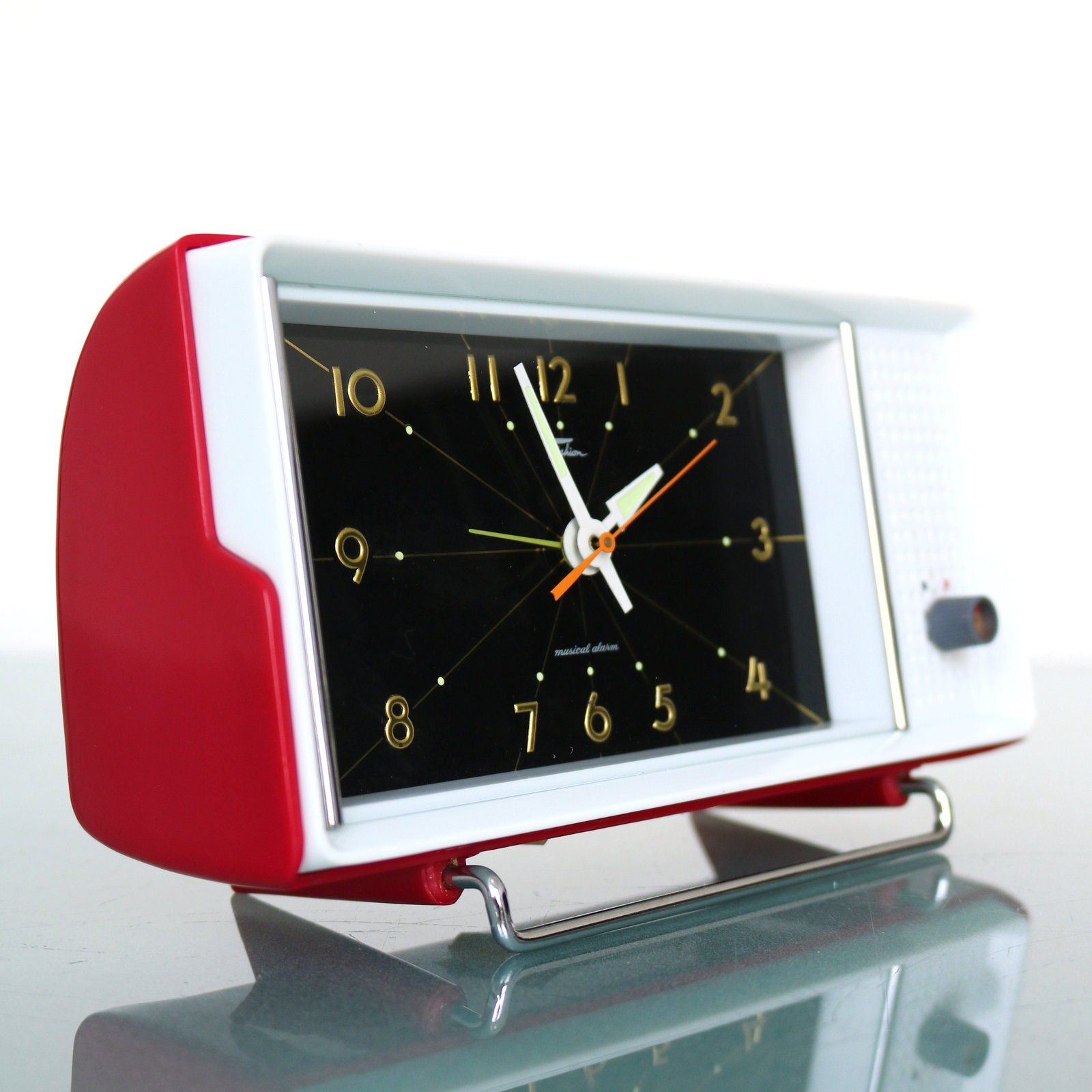 Primary image for RHYTHM TOKYO 1497 MUSICAL Alarm Clock Vintage Japan Rare Collectors Item! Mantel