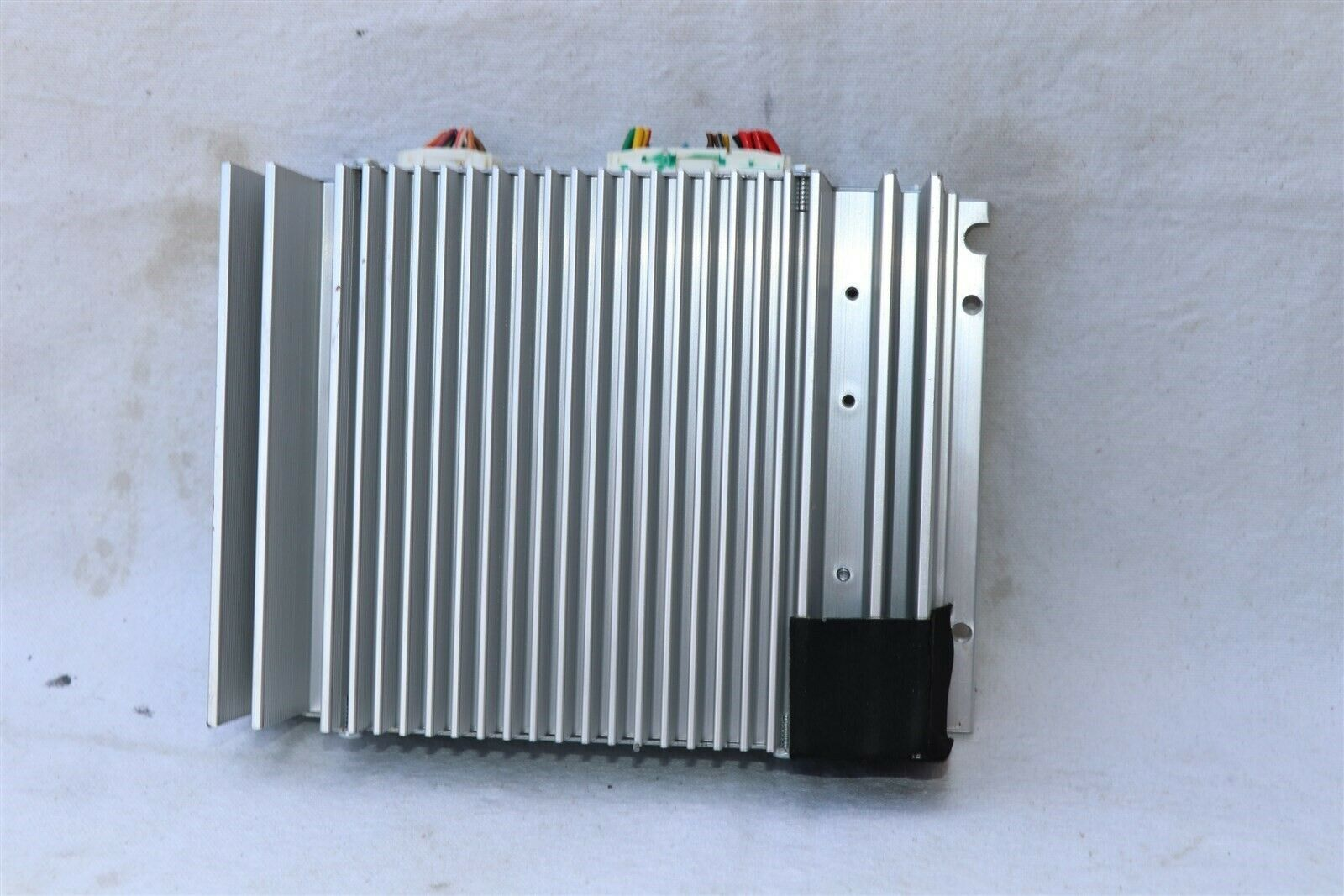 Hyundai Sonata Stereo Radio Amplifier MOBIS 963703Q500 96370-3Q500 AMP-4800YFA