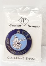 AMERICAN COLLECTORS OF INFANT FEEDERS CLOISONNE ENAMEL LAPEL PIN NOS - $12.99