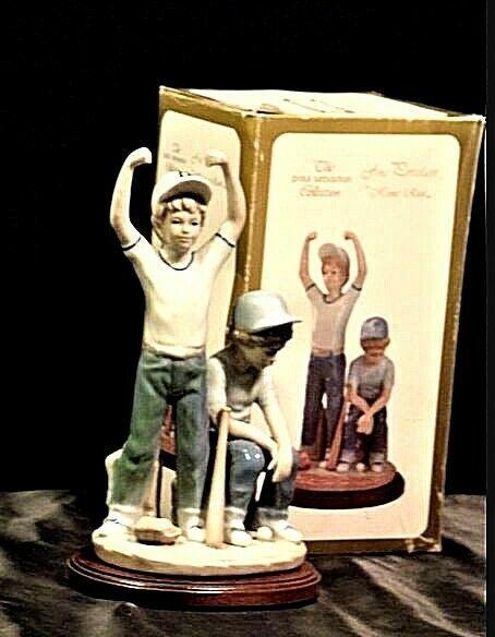 "Vintage ""Home Run"" The Paul Sebastian Collection - Figurine 1989 AA19-1396"