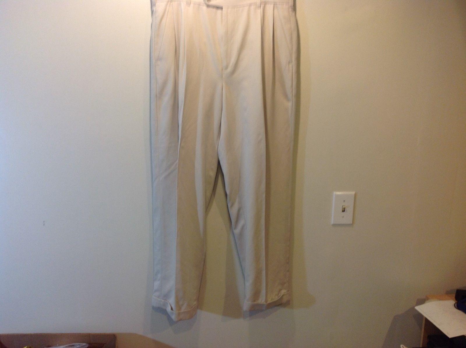 IZOD Men's Ivory Colored Cuffed Dress Pants