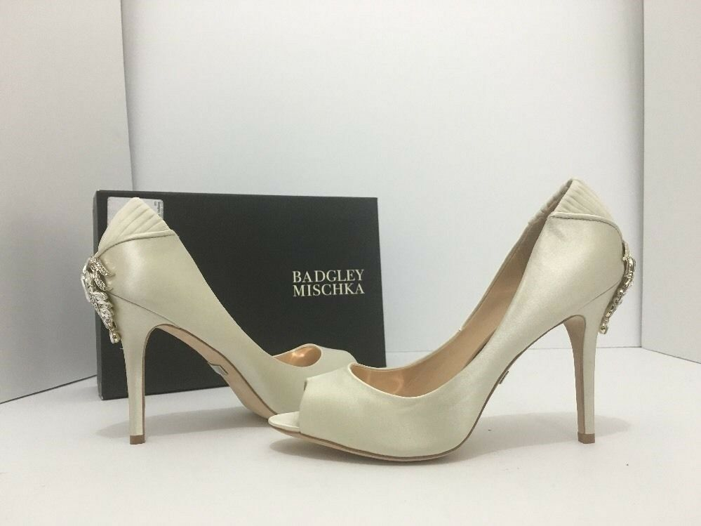 Primary image for Badgley Mischka Cali Ivory Satin Women's Evening High Heels Open Toe Pumps US 8