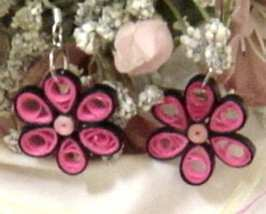 Paper Quilled Pink and Black Flower Earrings New Handcrafted - $14.99