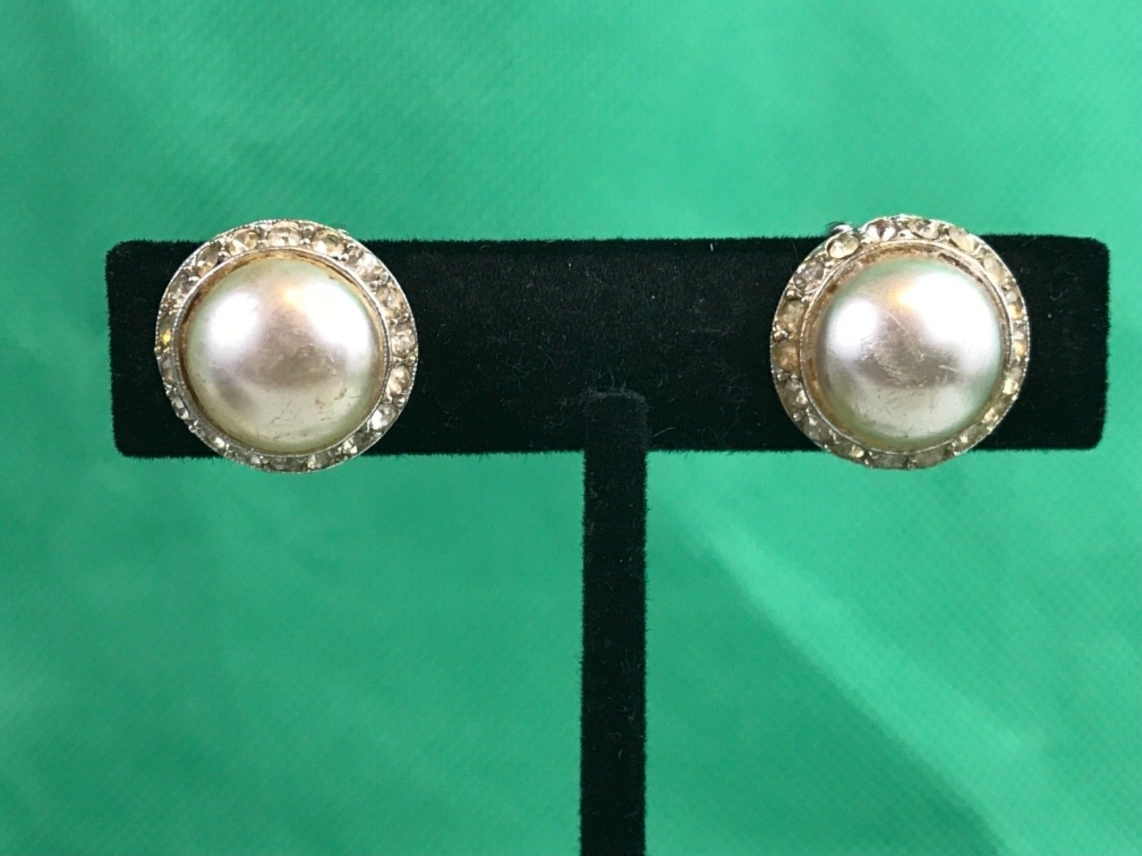 Primary image for Vintage Imitation Pearl Center Rhinestone Clip On Earrings Collectible Gift